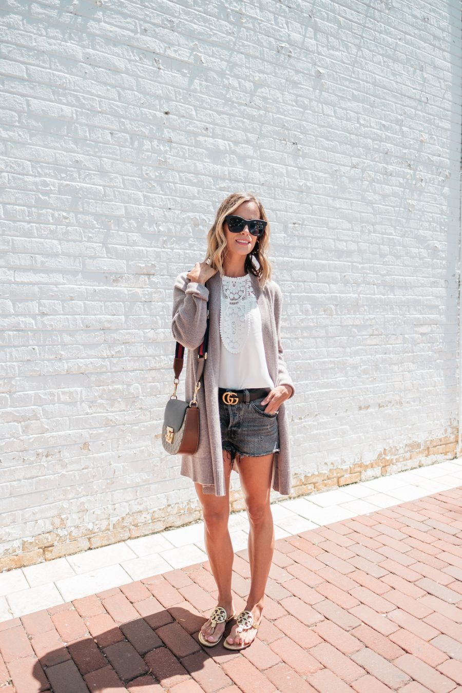 10 Easy Summer Outfit Ideas, denim shorts, cardigan, and sandals