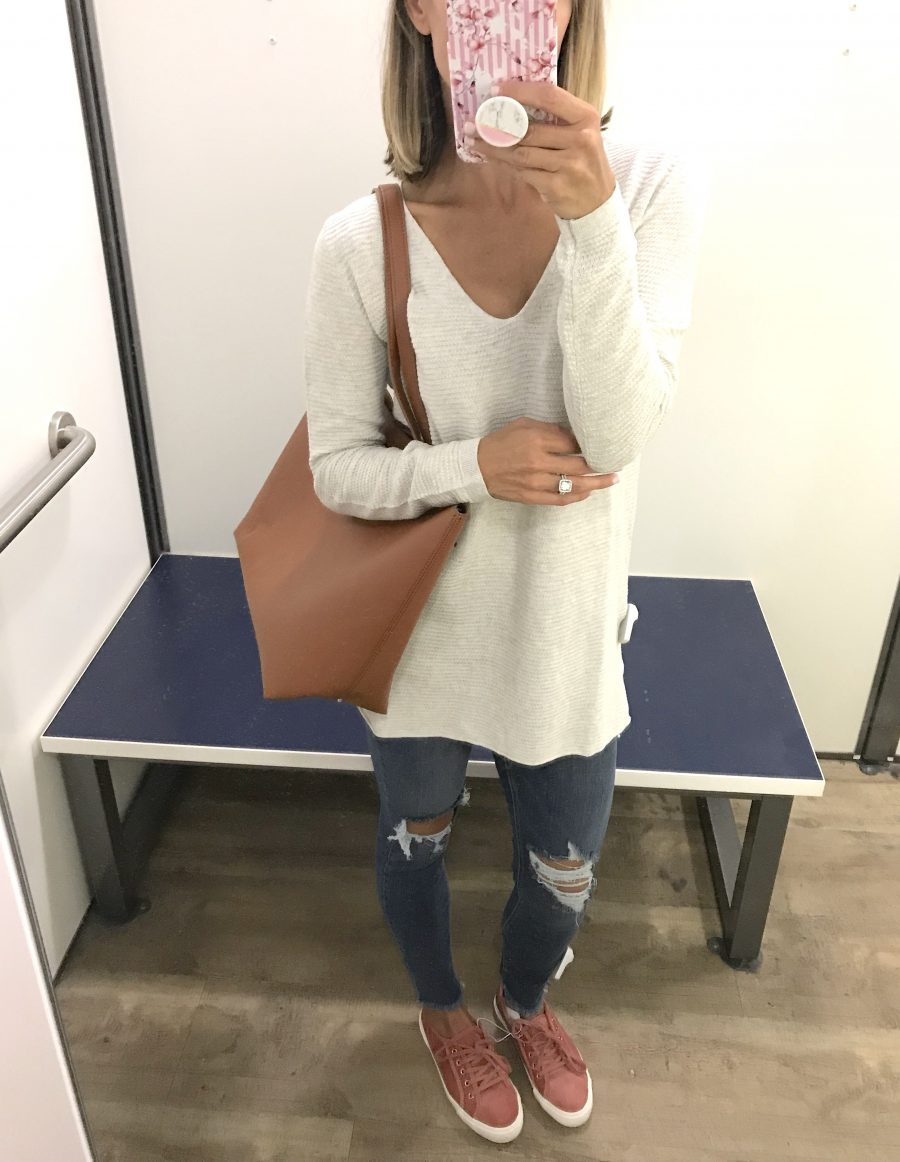 Fall try on, sweater, denim, tote, kick
