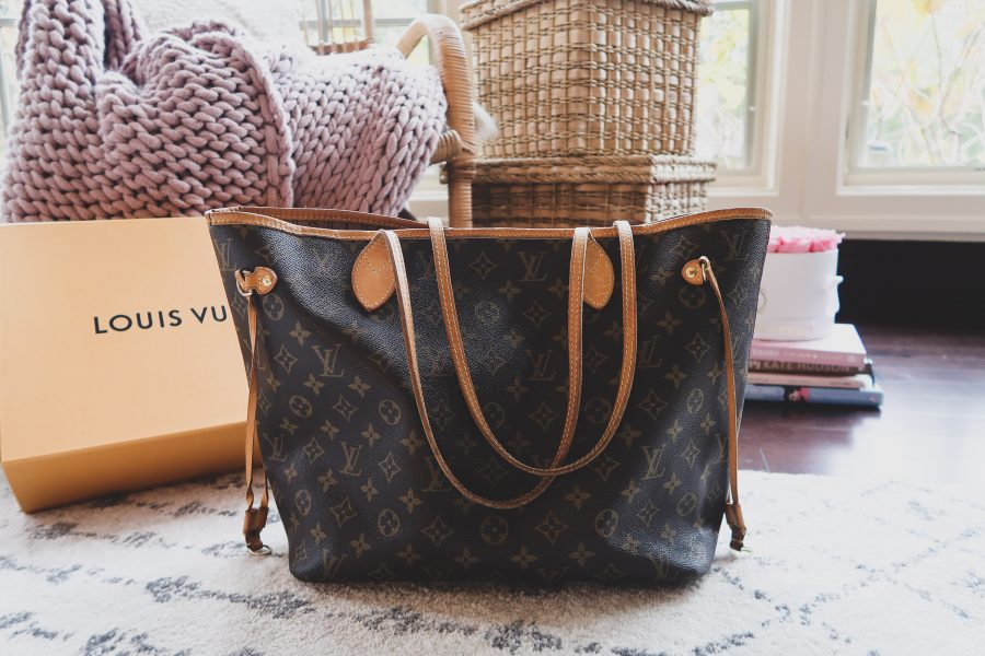 d0e2855adf65 Designer Handbag Review  Louis Vuitton Neverfull MM vs. Louis ...