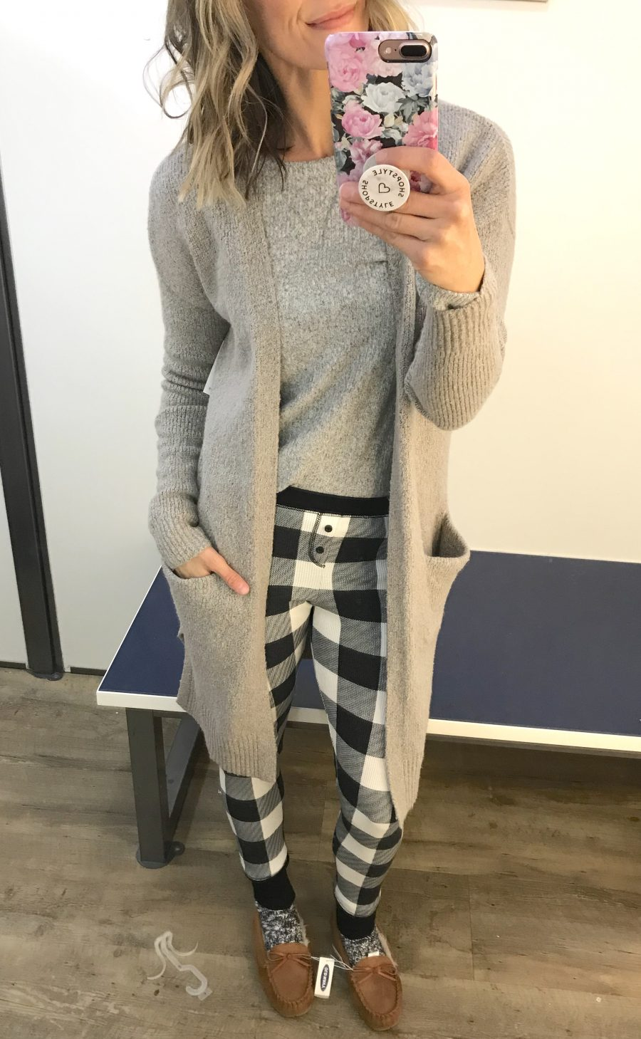 Old Navy winter try on haul, grey plush tee, heavy weight cardigan and pajama leggings
