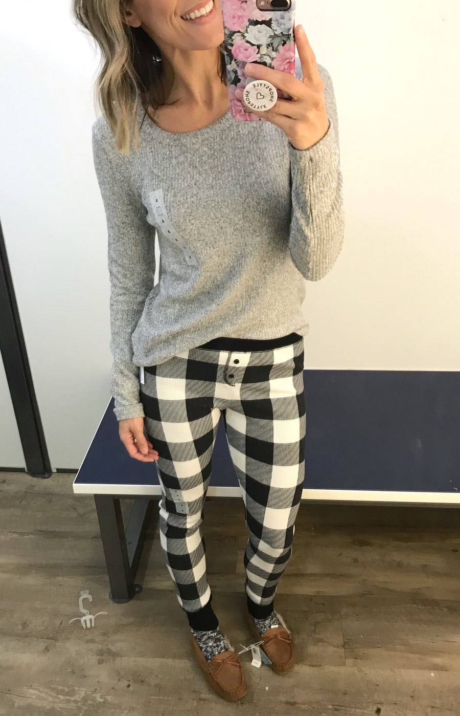 Old Navy winter try on haul, grey plush tee and pajama leggings
