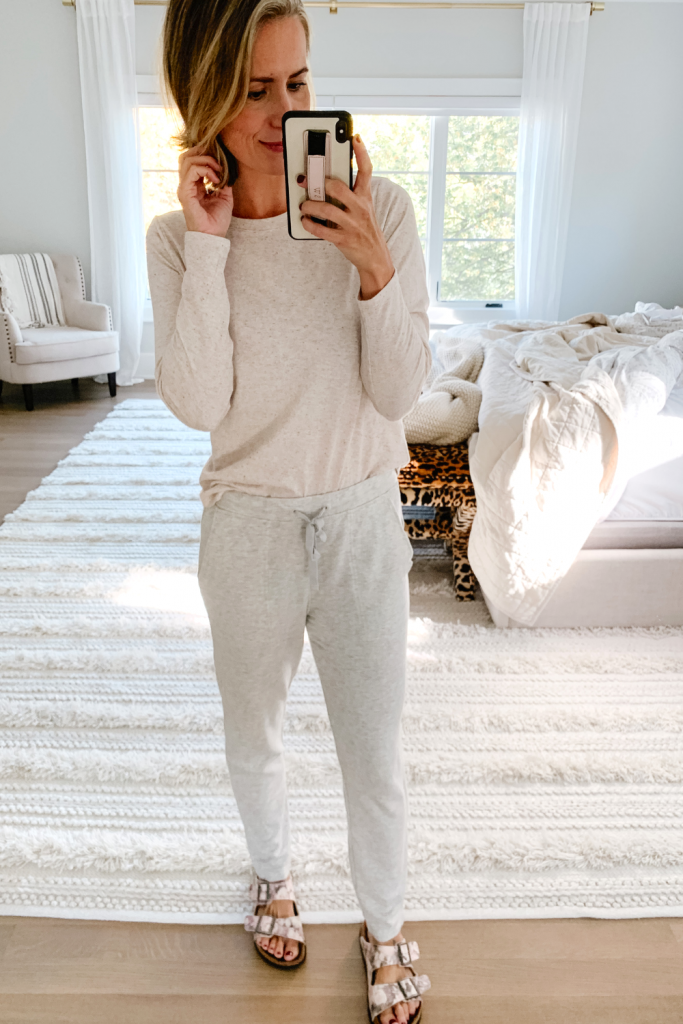 Sharing an #ootd round up today and a whole lot of casual outfit inspiration for a cozy and chic fall wardrobe.