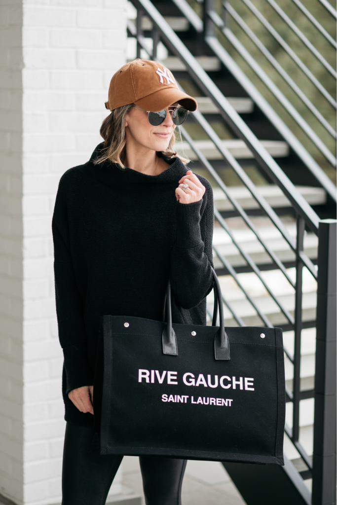 February best sellers: tunic and tote