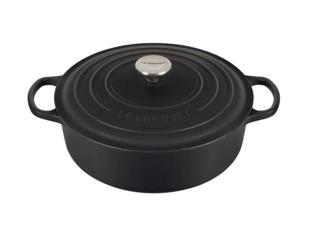 Mother's Day Gift Guide, cast iron dutch oven