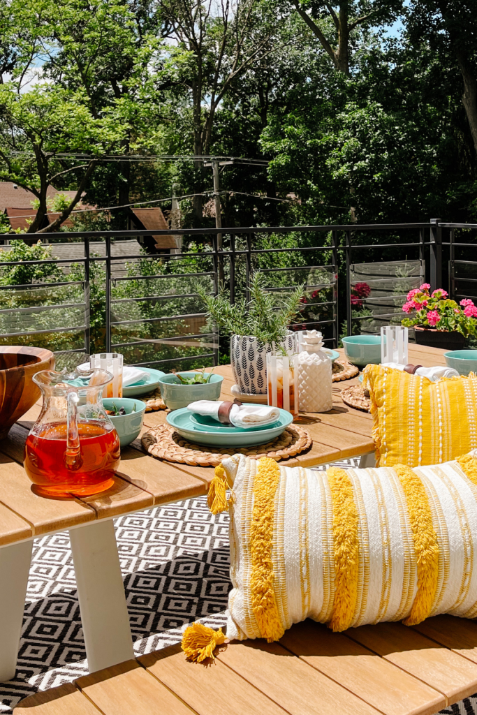 Outdoor dining favorites with Walmart