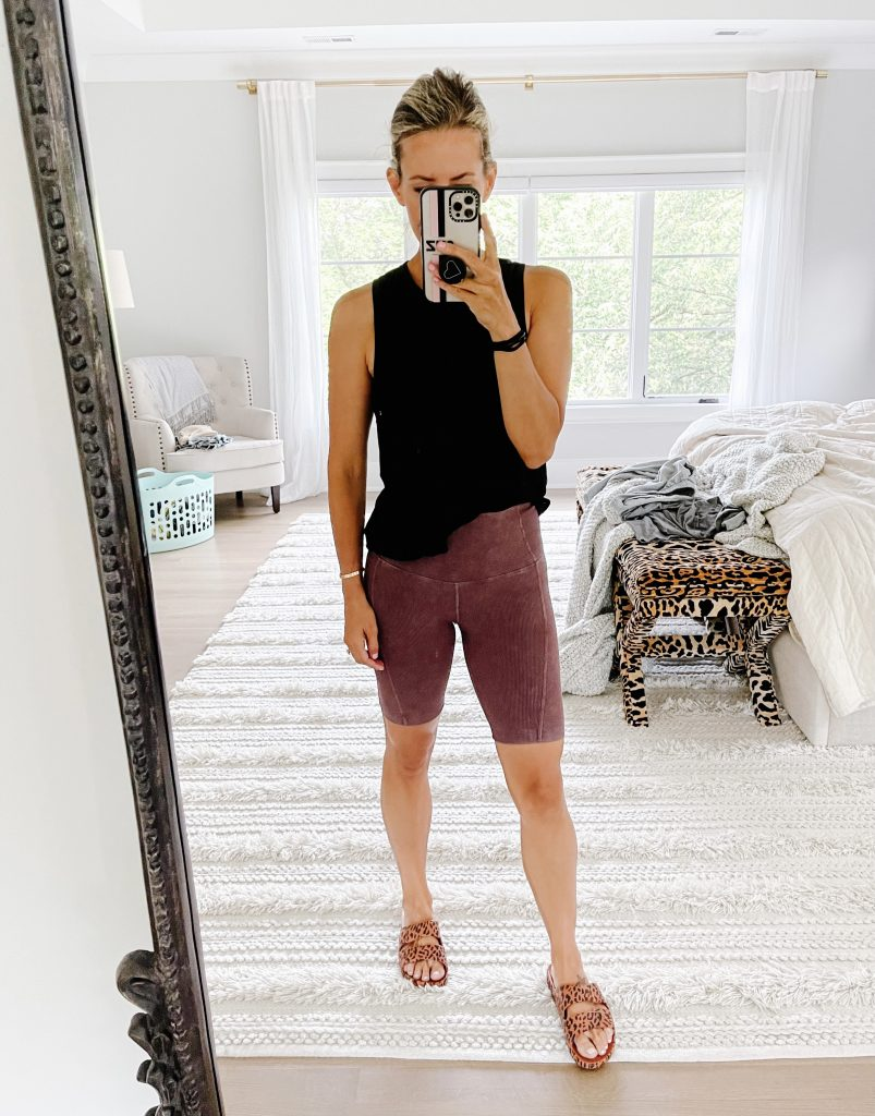 June #ootd round up, bike shorts, tank, and slides