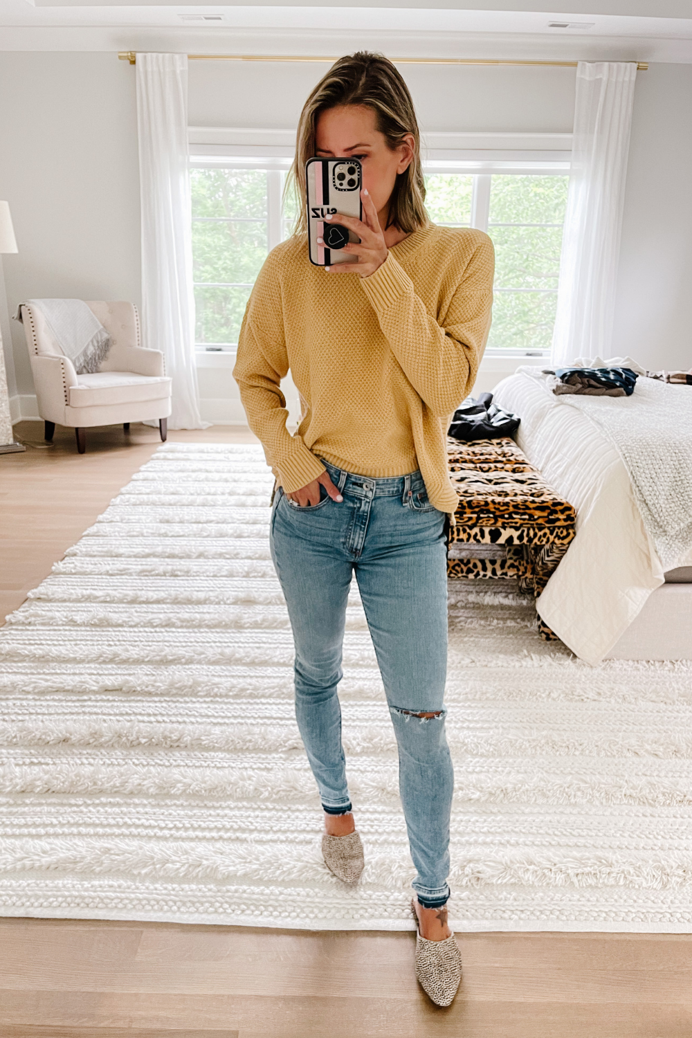 NORDSTROM ANNIVERSARY SALE: yellow waffle tee and skinny jeans
