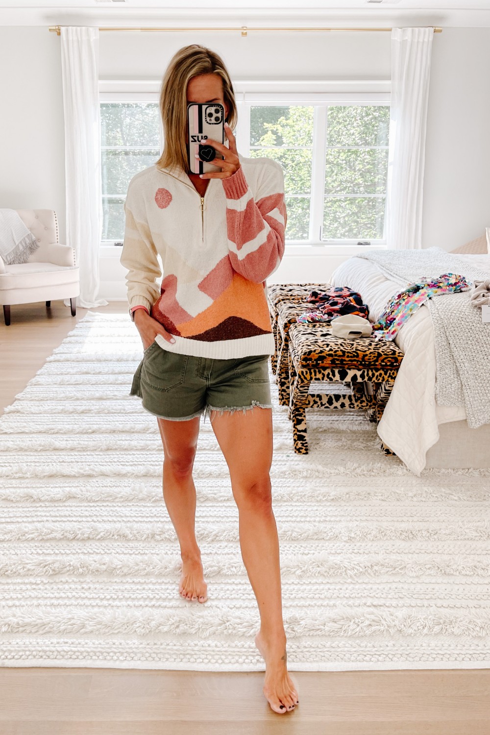 August #ootd round up: lightweight sweater and shorts
